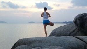 yoga pose2